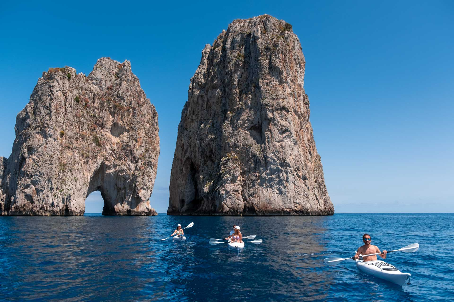 Kayak tours in Capri